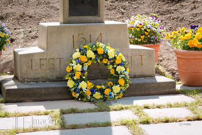 12 Hornshole Wreath Laying