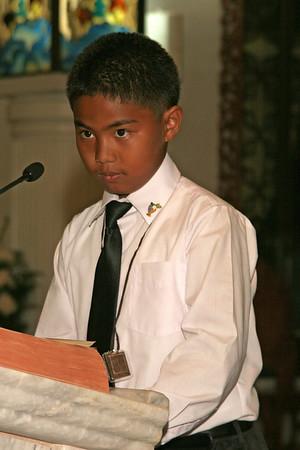Holy Communion 5-23-09 Candids of boy celebrants