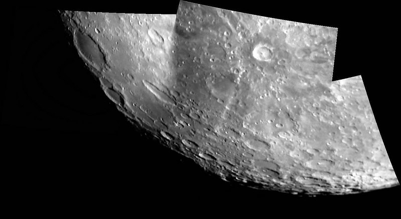 Mosaic Southwestren limb & South lunar pole.jpg