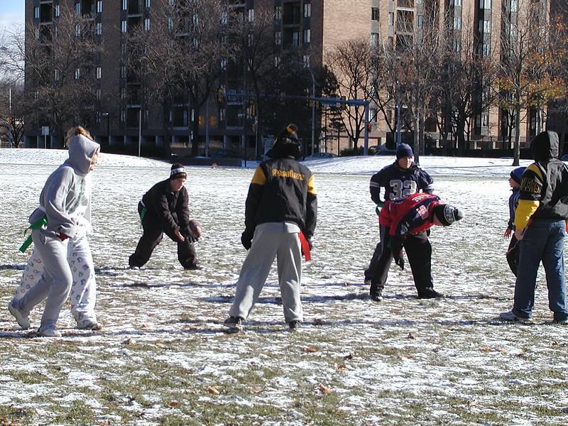 2002-12-01-GOYA-Turkey-Bowl_029.jpg