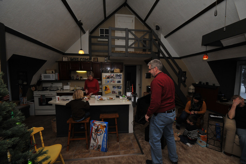 2012-12-29 2012 Christmas in Mora 037.JPG