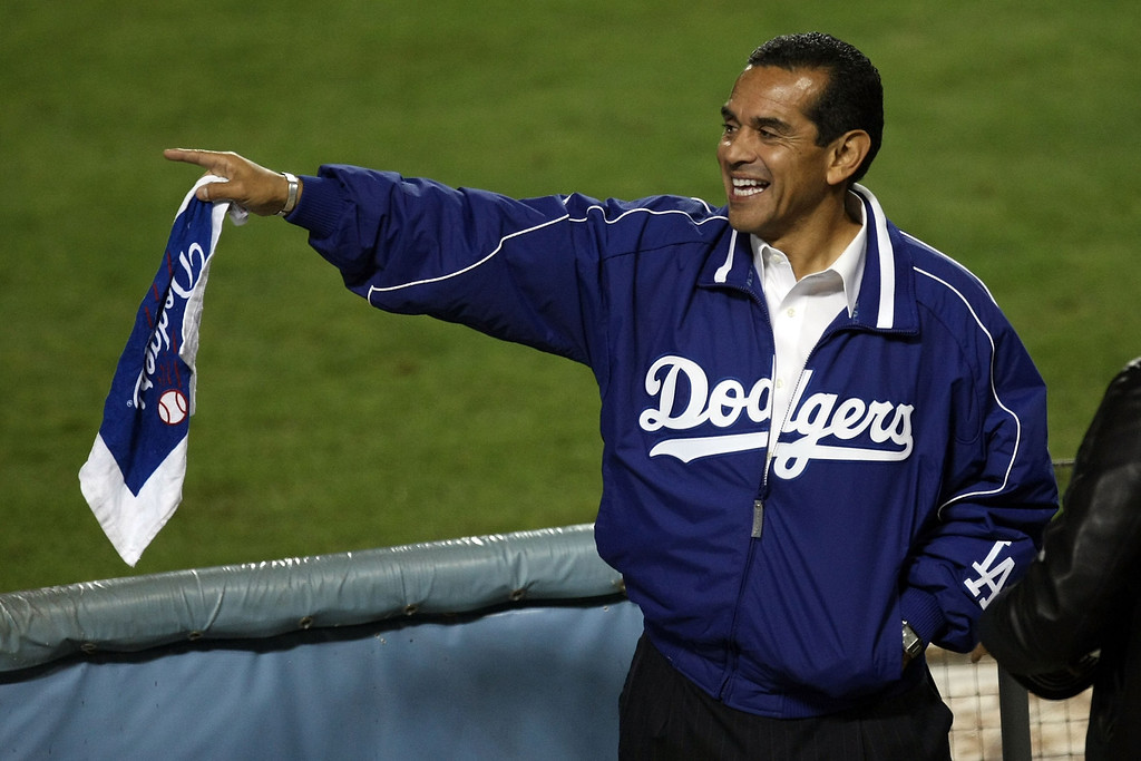 . Los Angeles Mayor Antonio Villaraigosa cheers on the Los Angeles Dodgers against the St. Louis Cardinals in Game One of the NLDS during the 2009 MLB Playoffs at Dodger Stadium on October 7, 2009 in Los Angeles, California.  (Photo by Stephen Dunn/Getty Images)