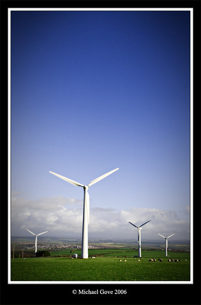 A Cornish wind farm (73064815).jpg