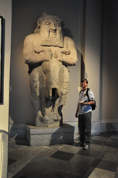 2010-10-27  036  Jay and a Statue of Bes, from Amathus, Cyprus, at the Istanbul Archeological Museum