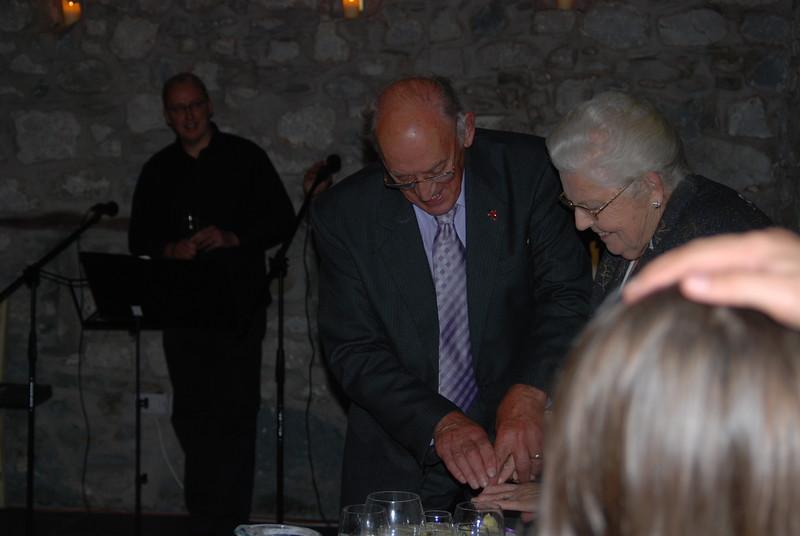 Priodas Aur Gwynfryn ac Eirlys. Medi 2008