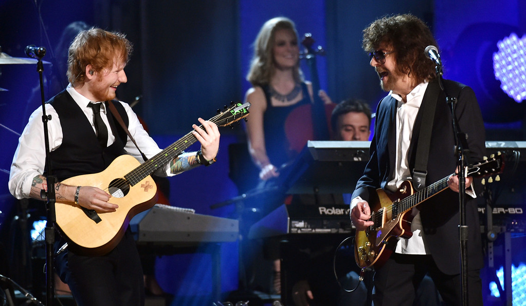. Ed Sheeran, left, and Jeff Lynne perform at the 57th annual Grammy Awards on Sunday, Feb. 8, 2015, in Los Angeles. (Photo by John Shearer/Invision/AP)
