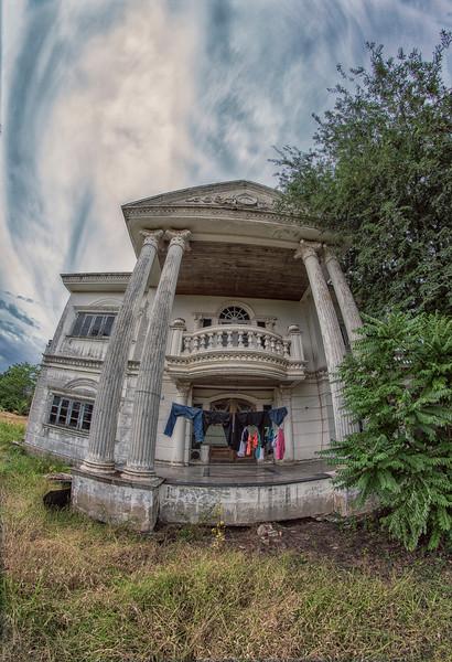 AbandonedMansdw03.jpg