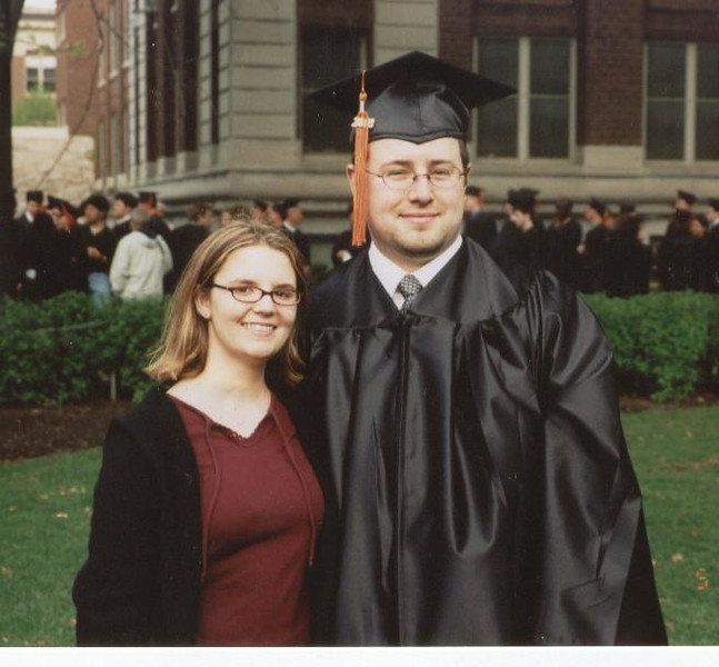 Chuck_Andi_on_Chuck_s_Graduation_day_May_03.jpg