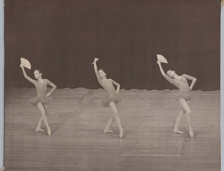 Dance_0879.jpg