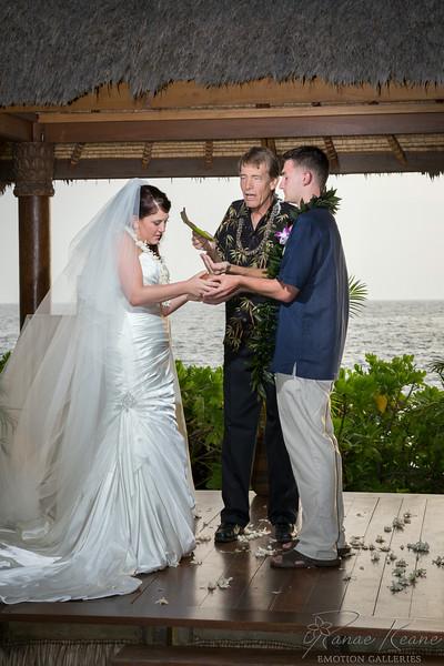 147__Hawaii_Destination_Wedding_Photographer_Ranae_Keane_www.EmotionGalleries.com__140705.jpg