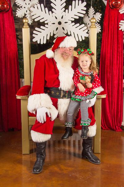 Santa 12-16-17-117.jpg