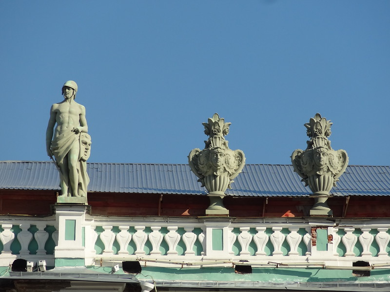 cad3statues atop Hermitage/Winter Palace, Palace Square, St. Petersburg, Russia