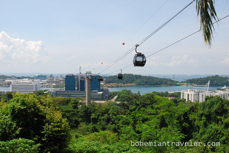 Singapore cable car.jpg