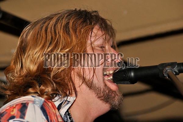 """UUU Band"" @ West Shore Hardware Bar - December 21, 2008 - Nikon D90 - Mark Teicher"
