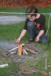 Rikki burning string race