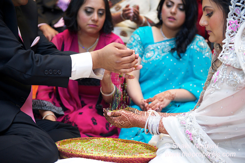 Naziya-Wedding-2013-06-08-01917.JPG