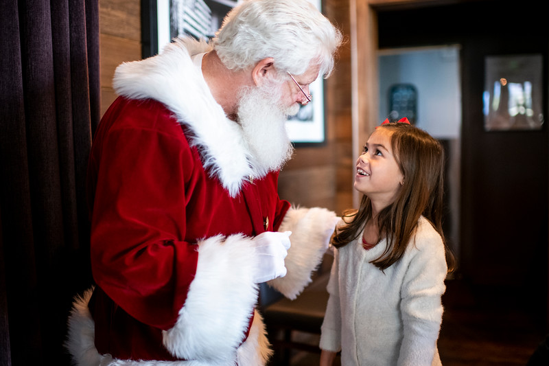 Avalon_BreakfastWithSanta_2019_9979.jpg