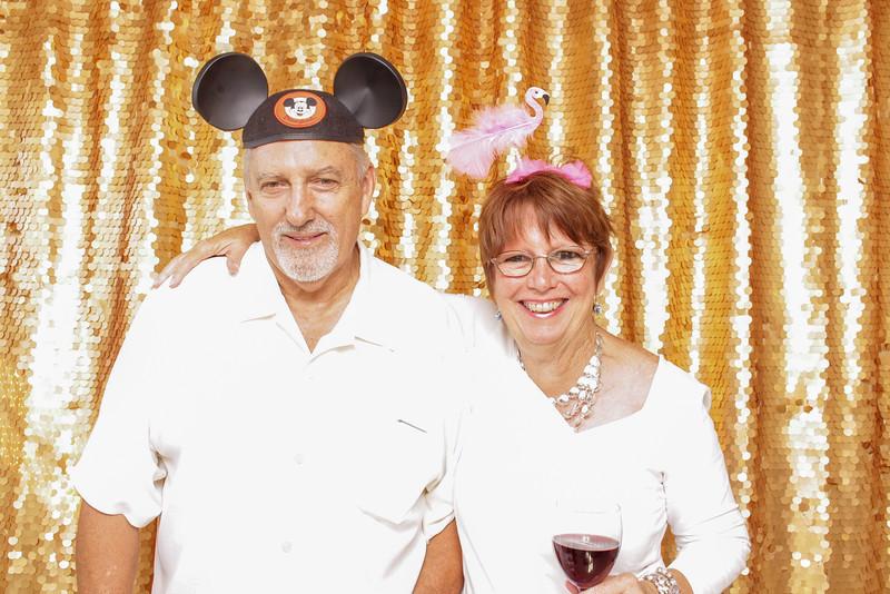 2015-08-29_OhSnapBoothCo_KatieJim-Wedding-Singles_0025.jpg