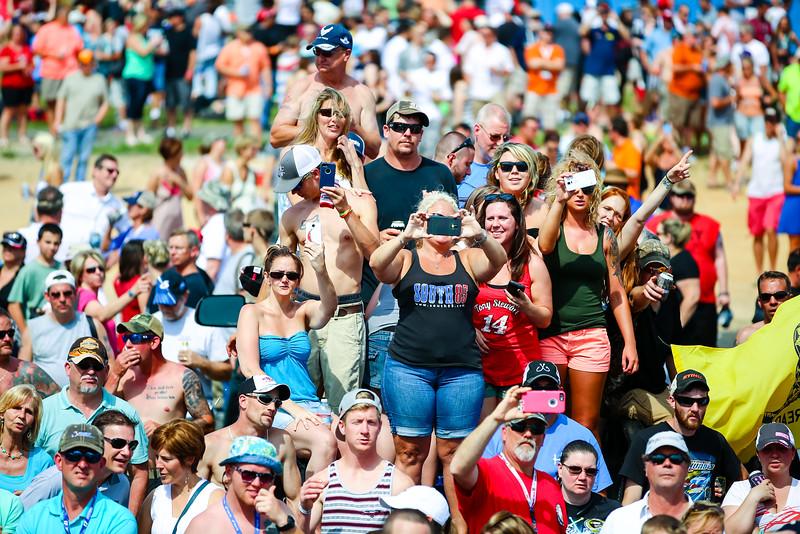 NASCAR_Lowes_115.jpg