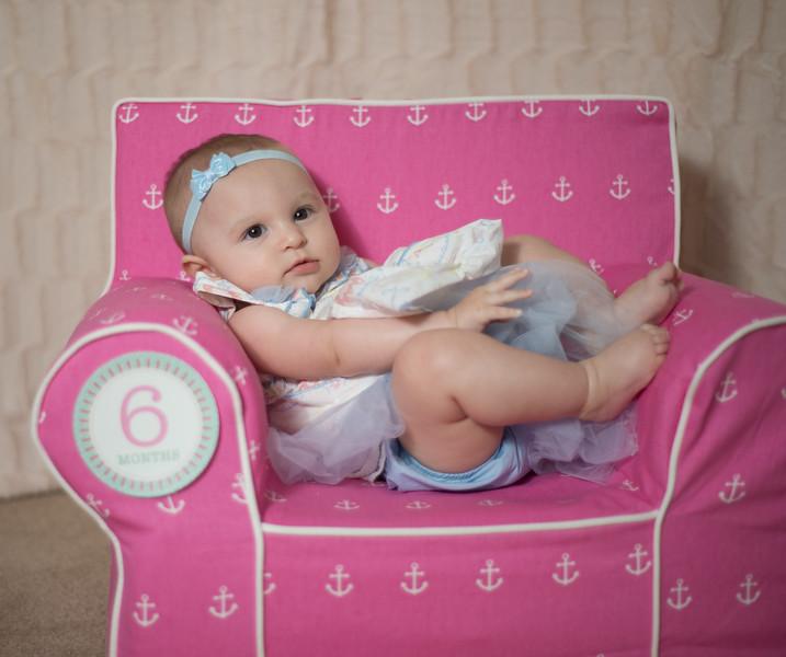 Ava 6 months-16.jpg