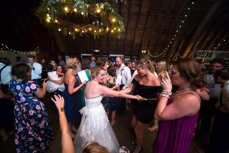 Garrett & Lisa Wedding (820).jpg