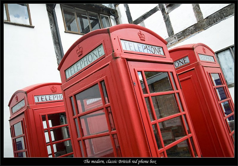 The classic British phone box - beloved by vandels and late night revellers all over the country (81316768).jpg