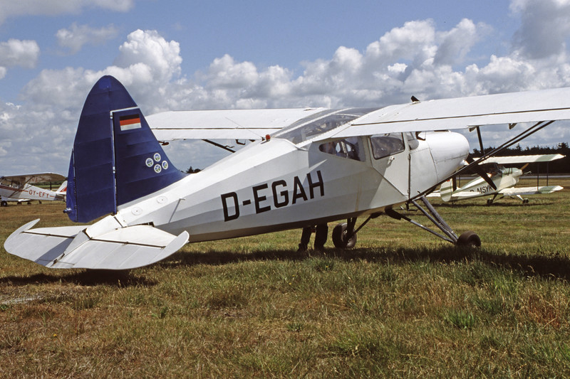 D-EGAH-KZVII-Private-EKVJ-1998-06-13-FB-44-KBVPCollection.jpg