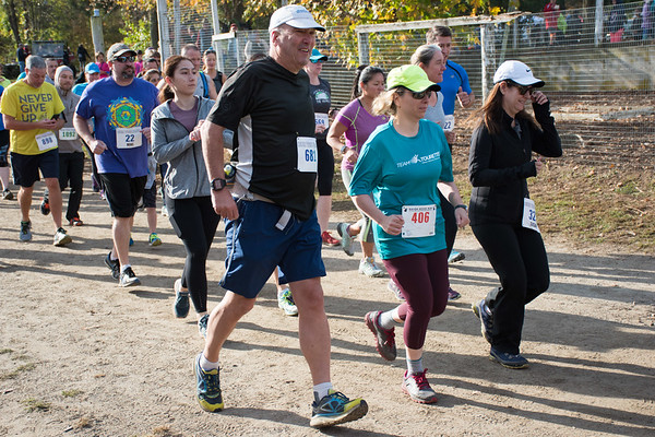 Rob Cummings 2017 5 mile race start