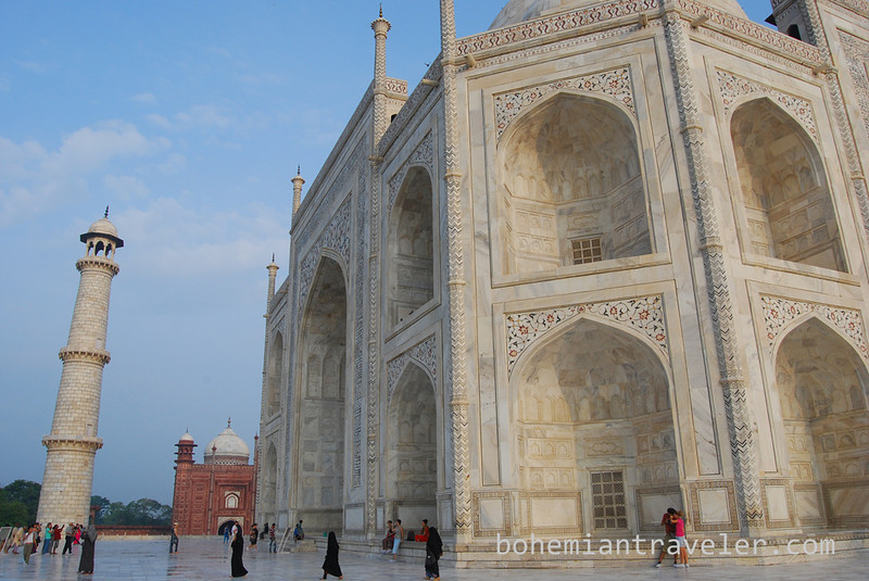 Taj Mahal side view.jpg