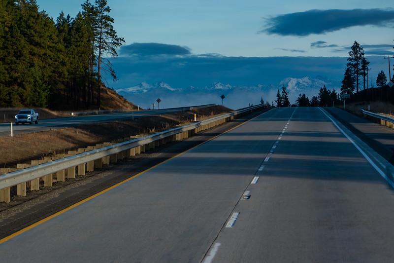 Cascades Mountain Range Washington From I-90
