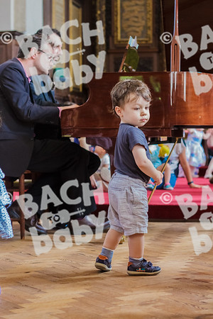 ©Bach to Baby 2017_Laura Ruiz_Twickenham_2017-06-16_03.jpg
