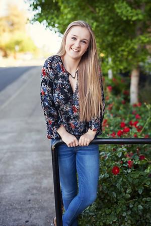 Kaylee Senior Photoshoot