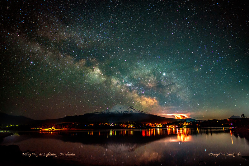 _DSC2078Lightning Milky Way.jpg