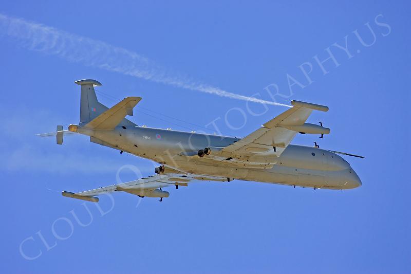 BAE Systems Nimrod 00016 BAE Systems Nimrod British RAF XW664 23 March 2005 by Peter J Mancus.JPG