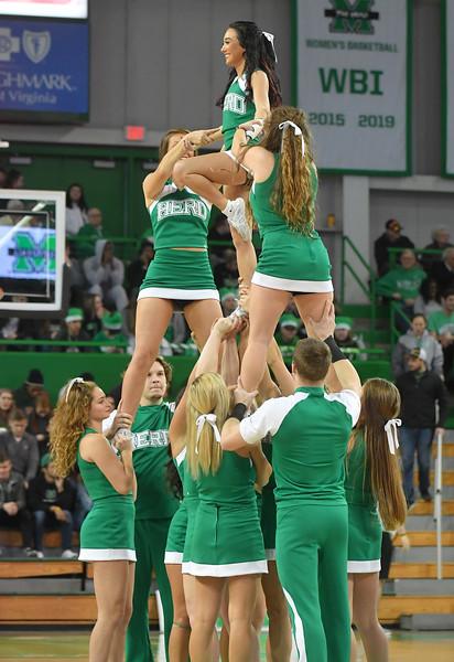 cheerleaders4671.jpg