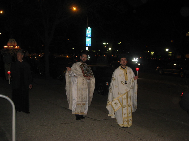 2010-04-04-Holy-Week_420.jpg