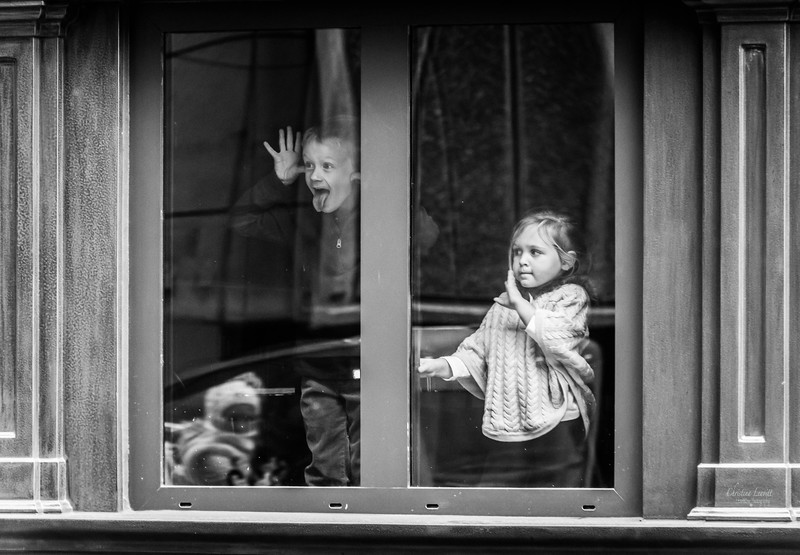 Children waving window.jpg