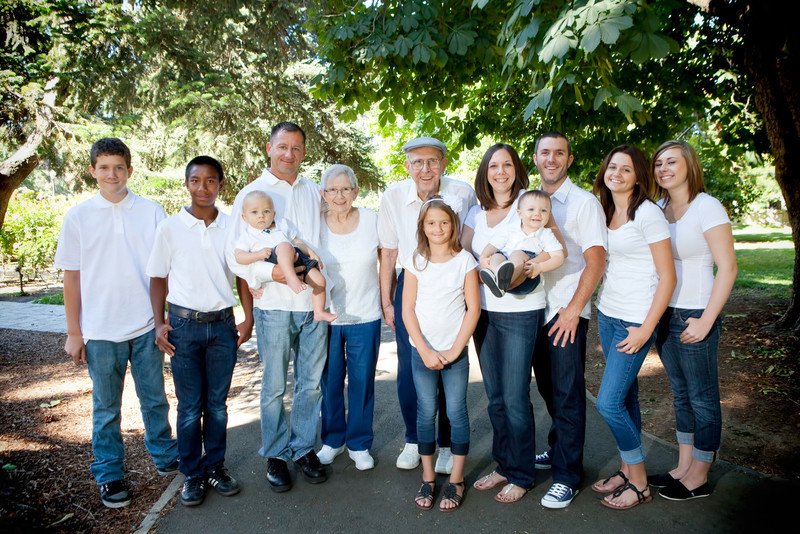 20120603_RichardA Family-557-Edit.jpg