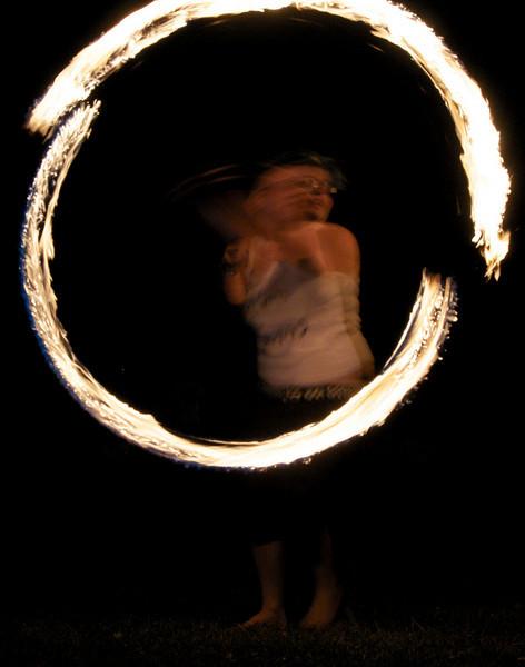 fire-spinn-girlcirlce-greenhar7:08