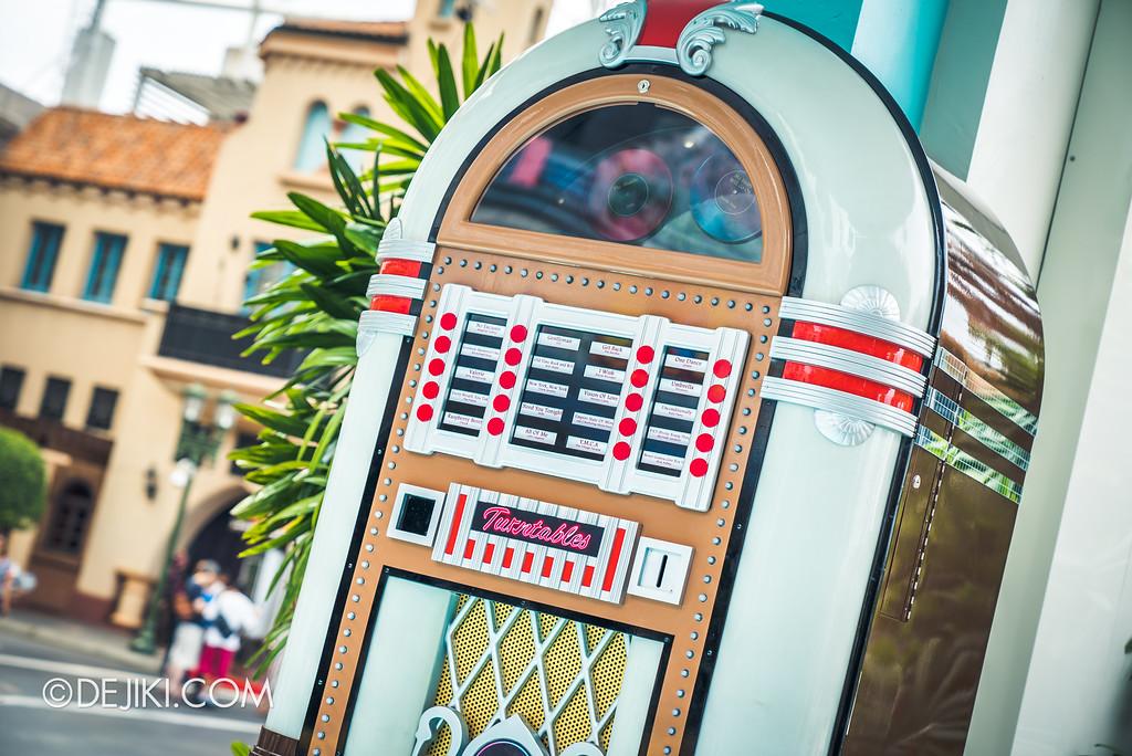 Universal Studios Singapore Park Update Aug 2018 / The TurnTables Jukebox
