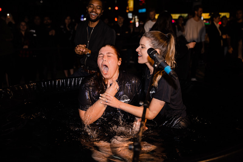 2020_01_26_Sunday_Hollywood_Baptisms_8PM_FR-77.jpg