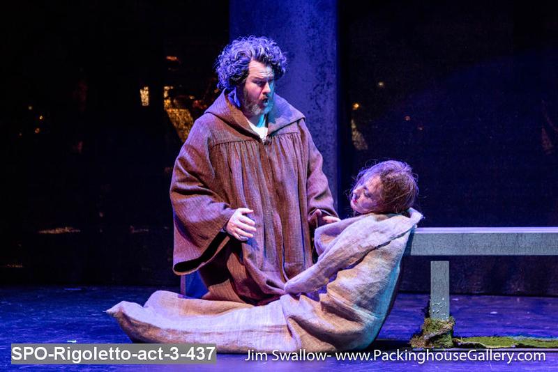 SPO-Rigoletto-act-3-437.jpg