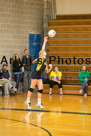 Hutch Volleyball vs Orono