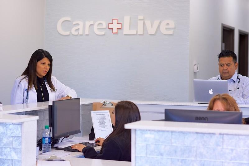 Care Live-2018-11-000111.jpg