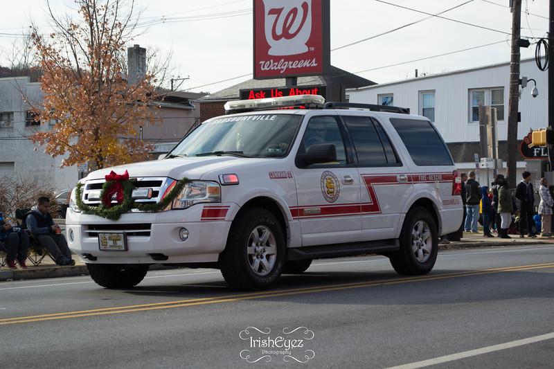 2017-coatesville-christmas-parade_38796154501_o.jpg