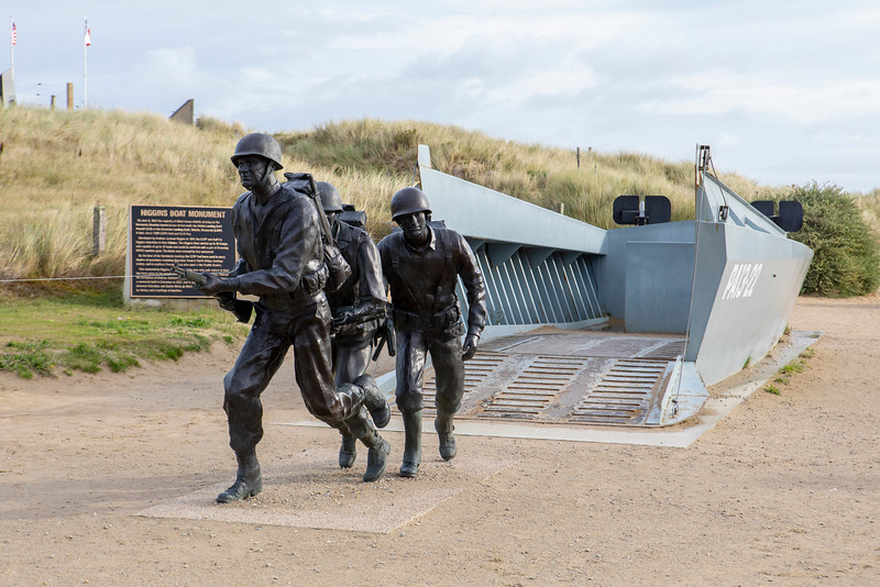Monument near Utah Beach-1201.jpg