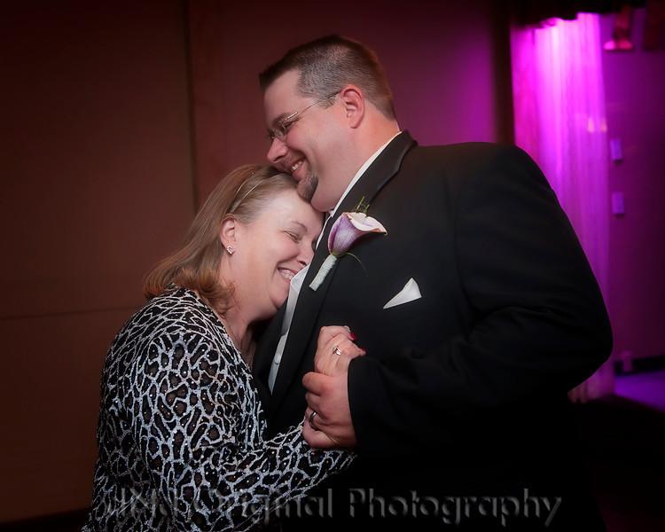 326 Tiffany & Dave Wedding Nov 11 2011 (10x8) soft.jpg