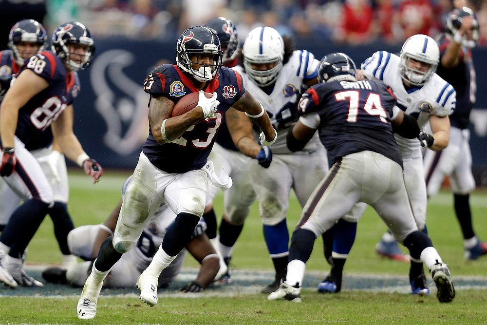 . Houston Texans running back Arian Foster (23) rushes for a gain against the Indianapolis Colts in the fourth quarter of an NFL football game on Sunday, Dec. 16, 2012, in Houston. The Texans defeated the Colts 29-17. (AP Photo/Eric Gay)