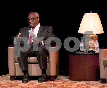 justice-clarence-thomas-warns-of-constitutional-ignorance-during-ut-tyler-appearance