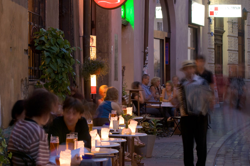 Poland, Cracow, cafe-bar on ulica Bracka at night, Old Town